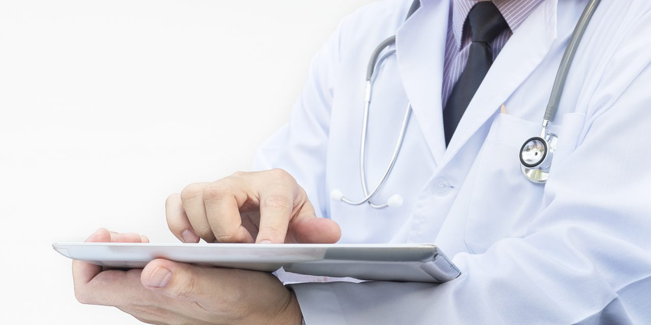 https://ancd.org.br/wp-content/uploads/2021/02/doctor-is-working-with-tablet-white-background-1280x640.jpg